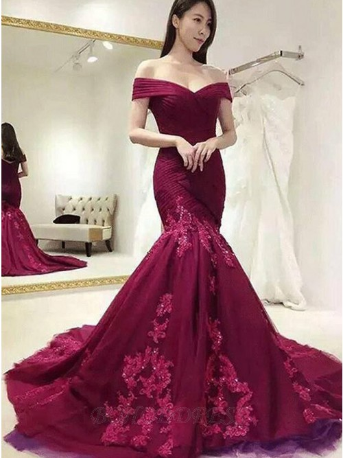 Mermaid Off-the-Shoulder Burgundy Applique Lace Beading Prom Dress