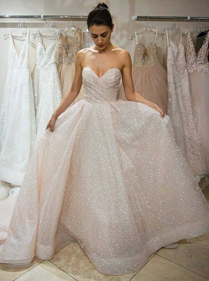 A-Line Sweetheart Court Train Ivory Lace Wedding Dress with Sequins