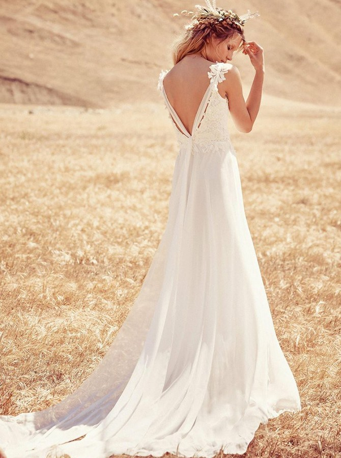 Beach A-Line V-Neck Sweep Train White Backless Wedding Dress with Lace