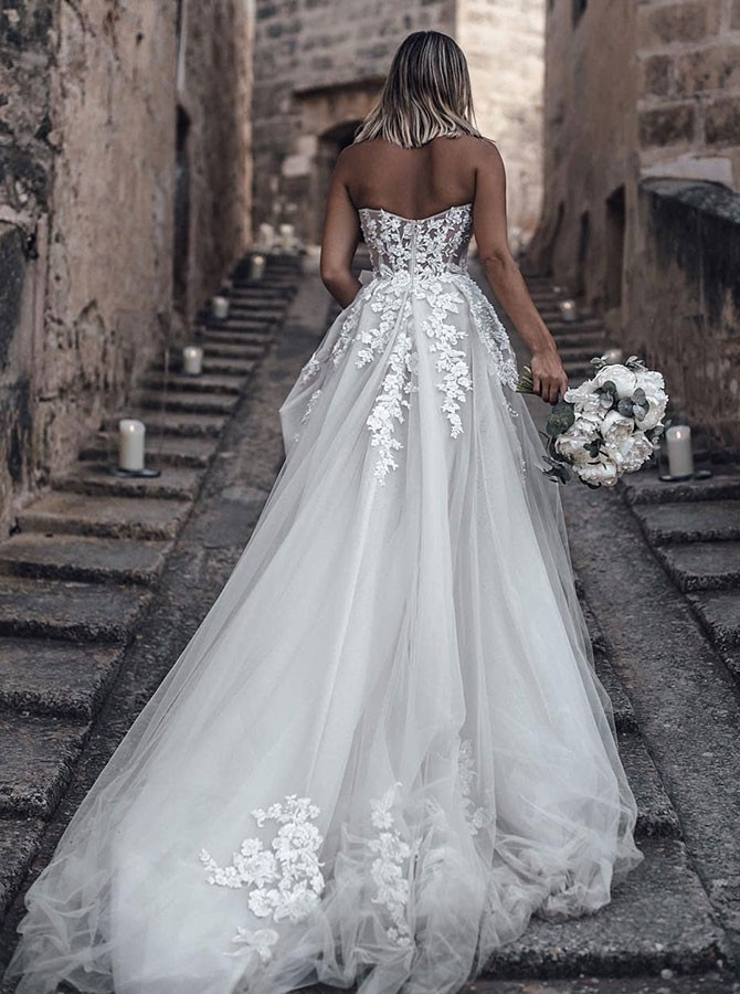 A-Line Sweetheart Strapless Sweep Train Tulle Wedding Dress with Appliques