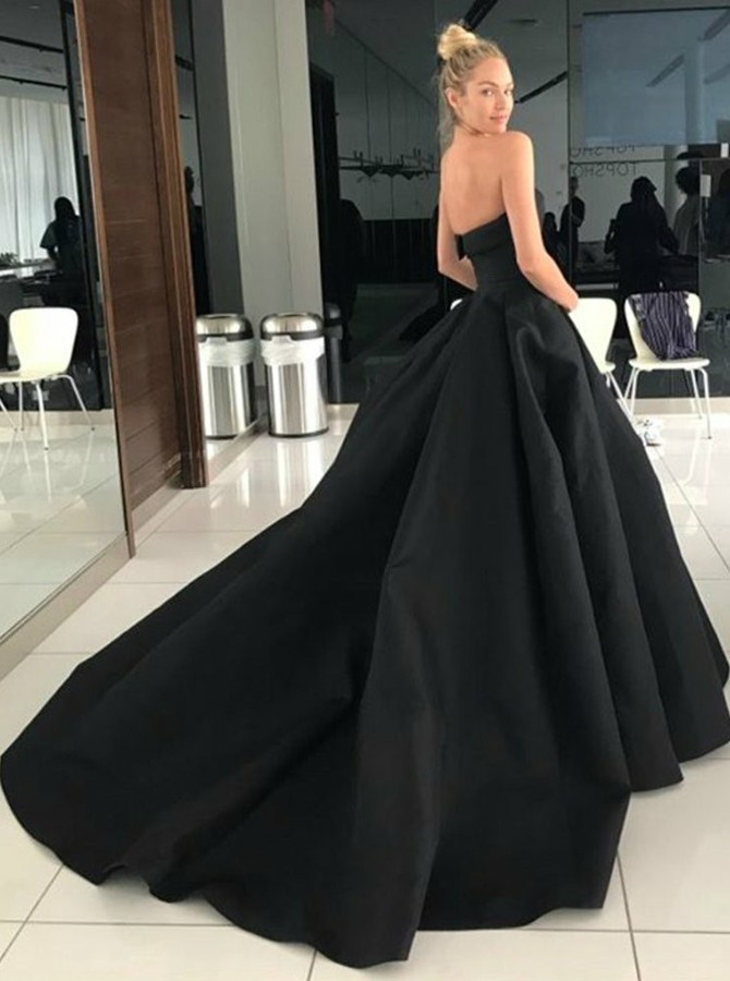 A-Line Sweetheart Backless Court Train Black Prom Dress with Pockets