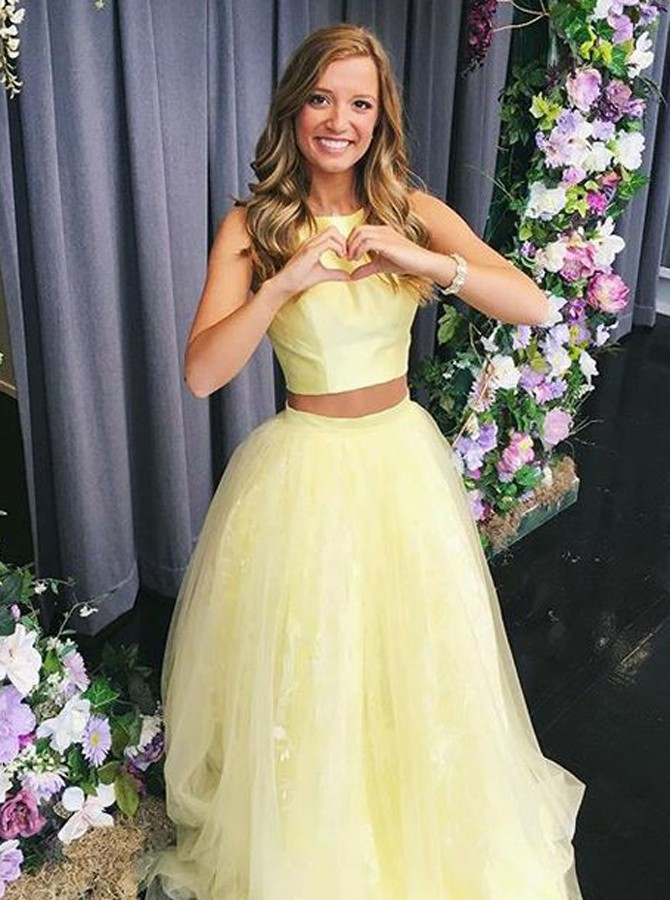 Two Piece Round Neck Sleeveless Floor-Length Daffodil Tulle Prom Dress