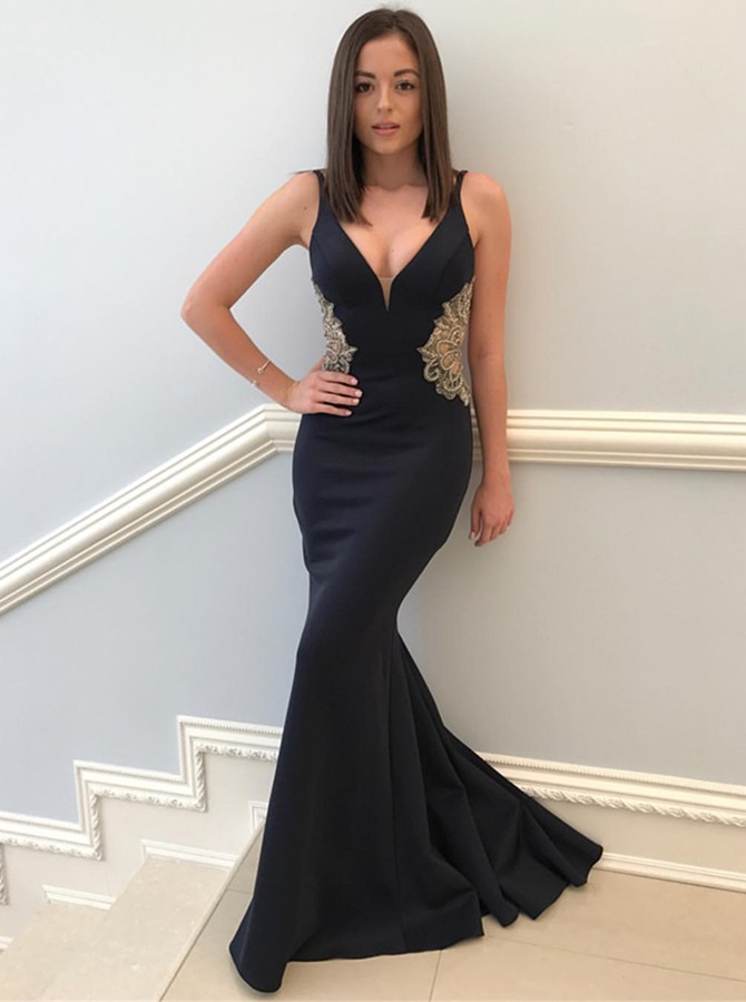 Mermaid V-Neck Floor-Length Black Prom Dress with Appliques