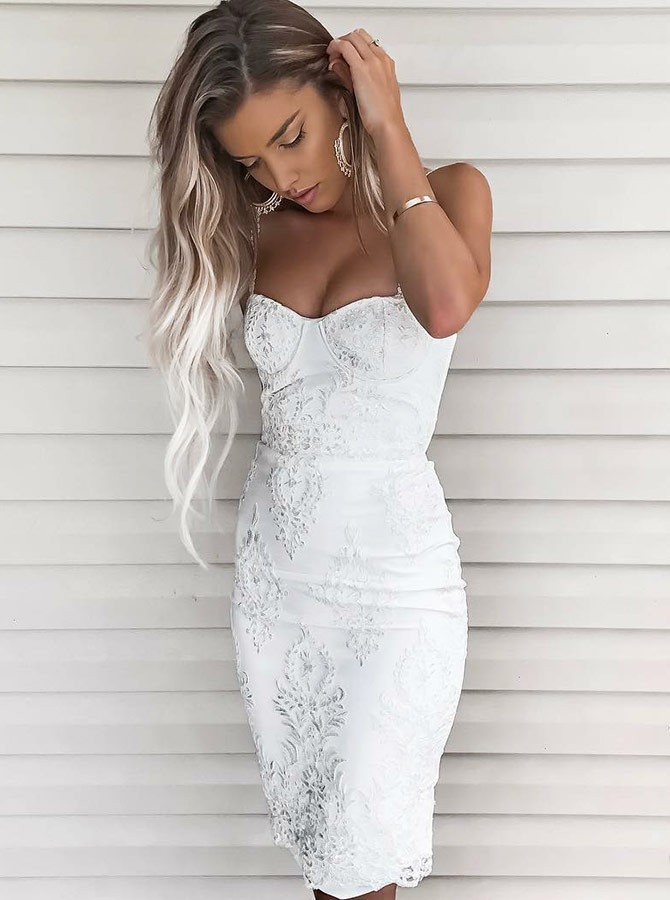 Sheath Spaghetti Straps Knee-Length White Prom Homecoming Dress with Appliques