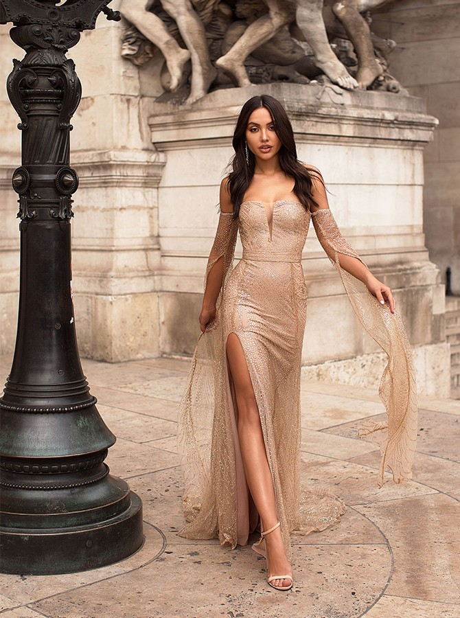 Mermaid Off The Shoulder Long Sleeves Champagne Prom Dress With Split