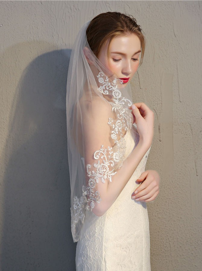 Two Tier Appliques Elbow Bridal Veils