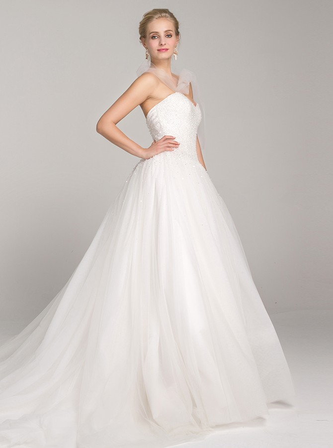 Ball Gown Sweetheart Backless Court Train White Wedding Dress with Sequins