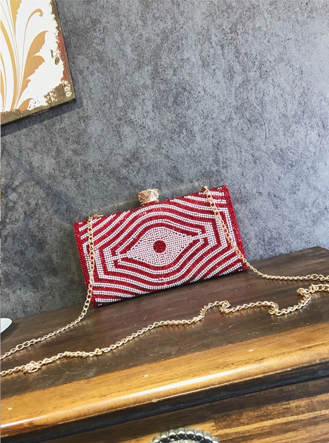 Red Pearls Chain Clutch Bag