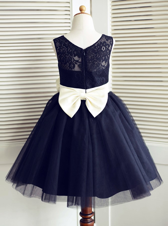 A-Line Round Neck Navy Blue Flower Girl Dress with Bowknot Lace Flower