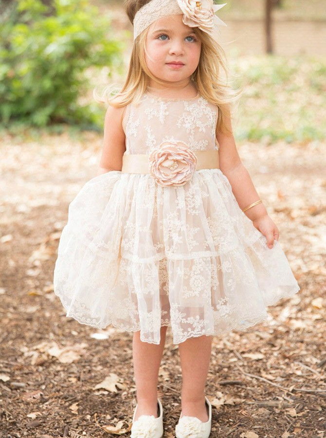 A-Line Round Neck Knee-Length Lace Flower Girl Dress with Flowers