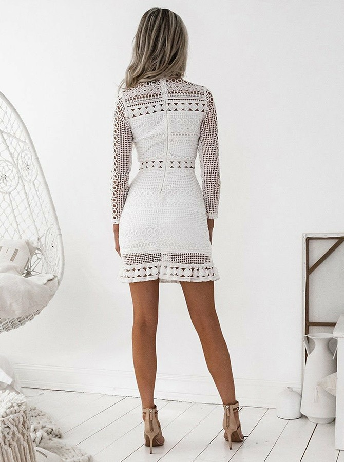 Sheath High Neck Lace Long Sleeves Cocktail/Homecoming Dress