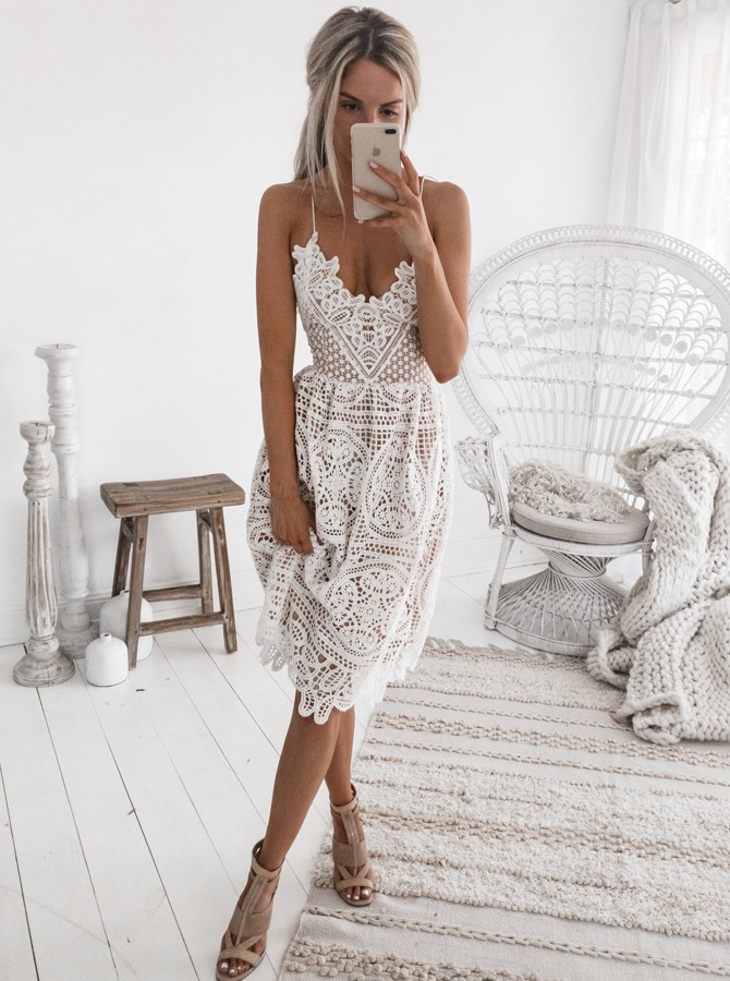 A-Line Spaghetti Straps Criss-Cross Straps White Lace Prom Homecoming Dress