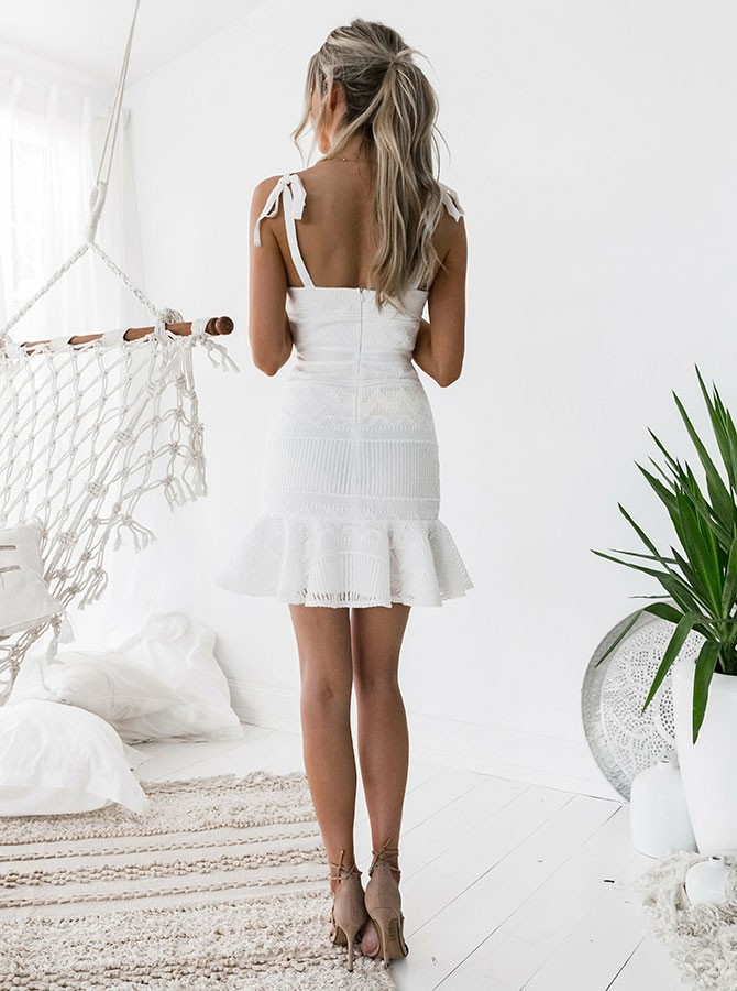 Sheath Straps Backless Short White Lace Homecoming Cocktail Dress