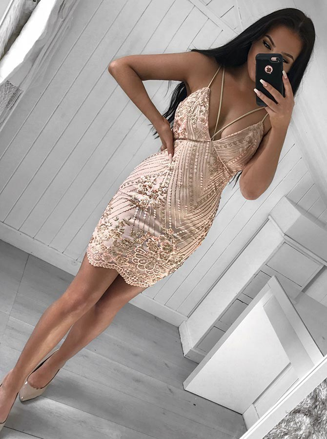 Sheath Spaghetti Straps Short Champagne Prom Homecoming Dress with Sequins