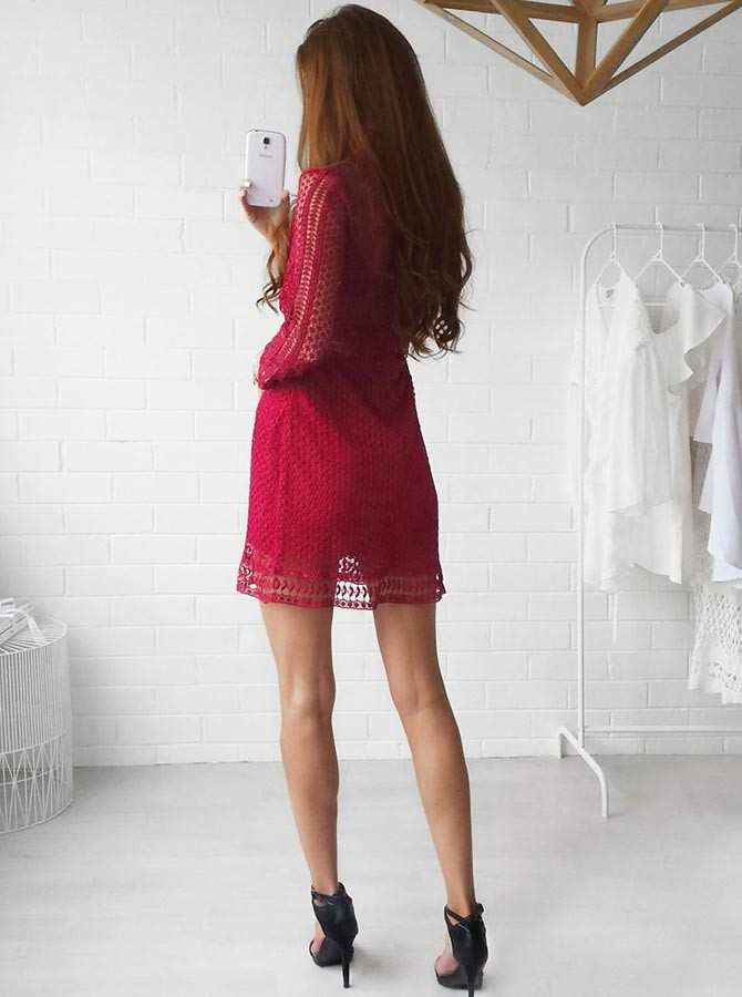 Sheath High Neck Long Sleeves Short Red Lace Homecoming Cocktail Dress
