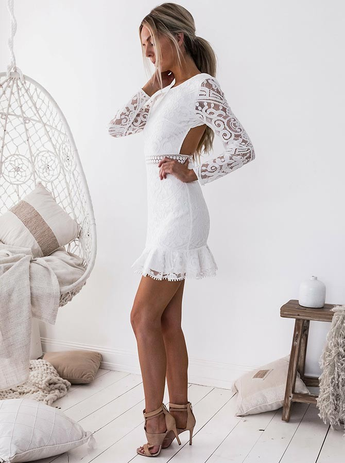 Sheath Crew Open Back Long Sleeves Short White Lace Homecoming Cocktail Dress
