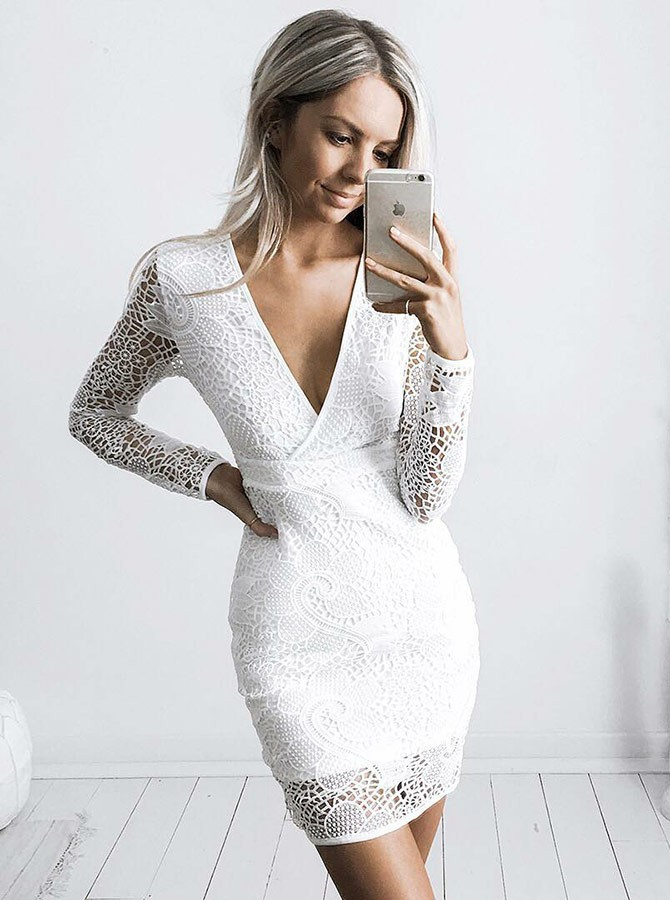 Sheath V-Neck Long Sleeves Short White Lace Homecoming Cocktail Dress