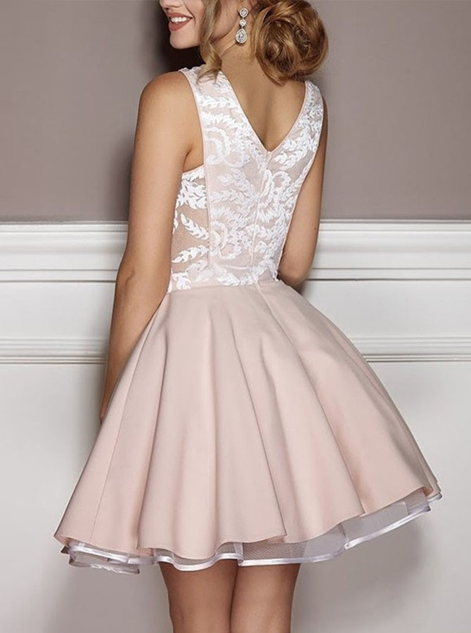 A-Line V-Neck Lace Short Pink Satin Homecoming/Party Dress