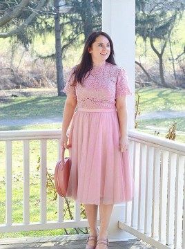 A-Line Round Neck Pink Short Sleeves Mother of the Bride Dress with Lace