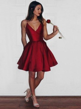 A-Line Spaghetti Straps Short Burgundy Satin Homecoming Dress with Pockets
