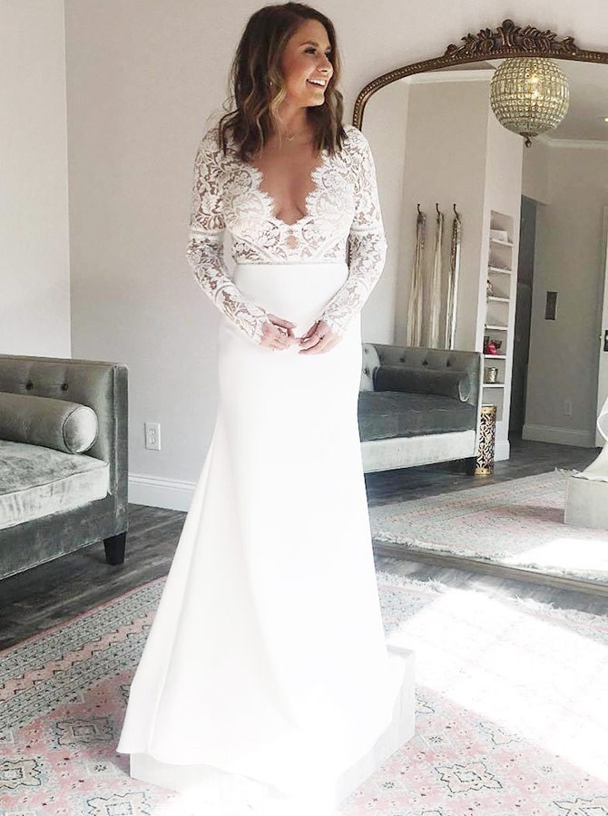 Beach A-Line V-Neck Floor-Length Long Sleeves Wedding Dress with Lace