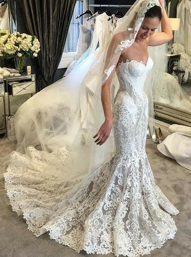 Mermaid Sweetheart Court Train White Lace Wedding Dress with Appliques