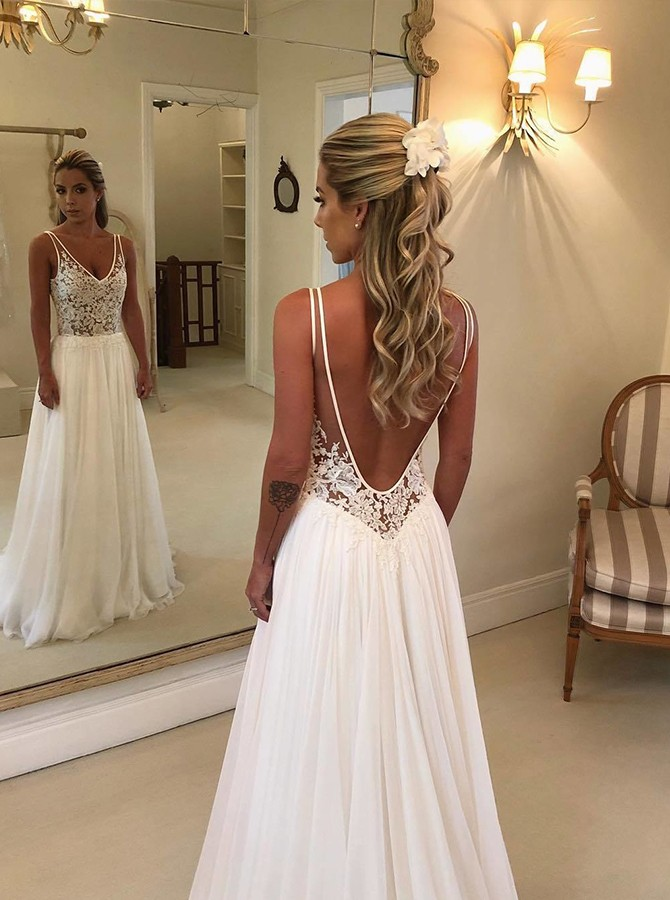 Beach A-Line Floor-Length V-Neck White Wedding Dress with Lace Backless