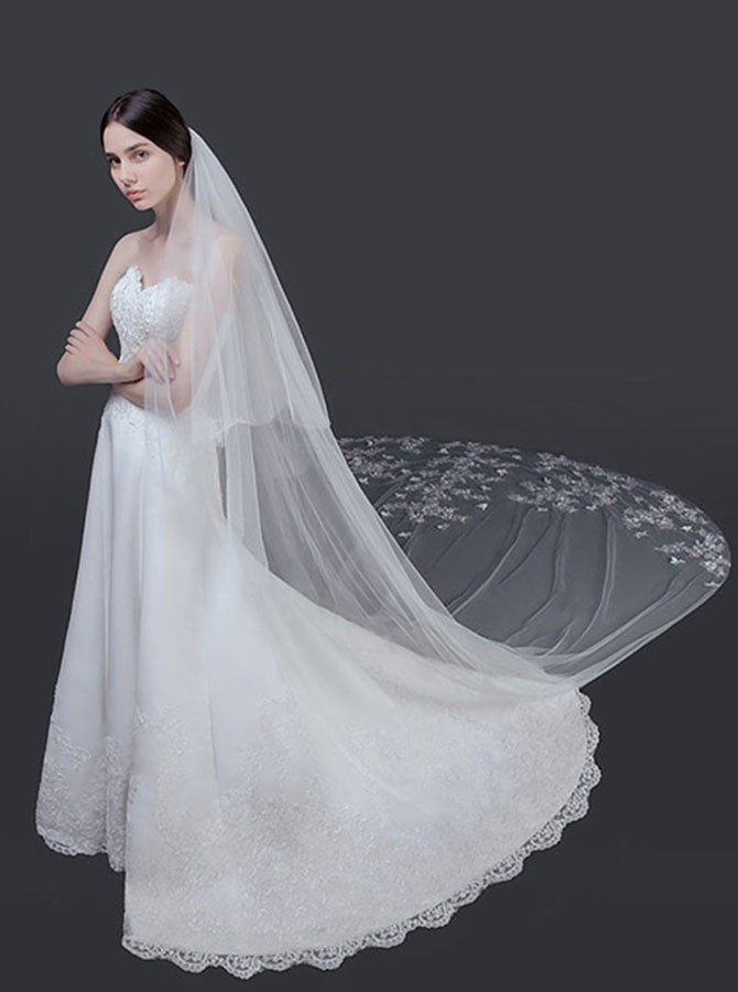 Cut Edge Cathedral Bridal Veils with Appliques