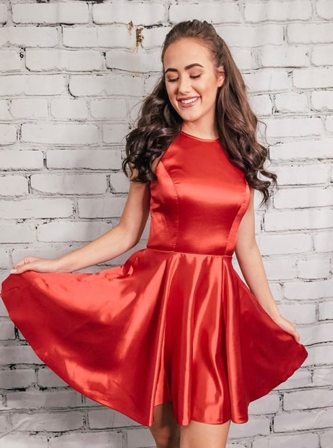 A-Line Round Neck Red Homecoming Dress Short Party Dress with Pockets