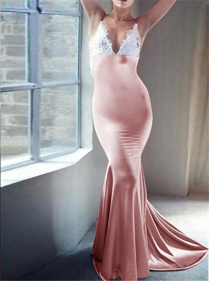 Mermaid V-Neck Backless Long Blush Prom Dress with Appliques