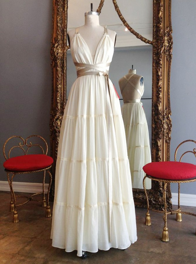 A-Line Spaghetti Straps Floor-Length Ivory Prom Dress with Pleats