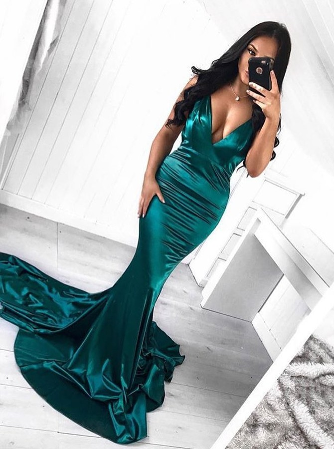 Mermaid V-Neck Sweep Train Dark Green Prom Dress with Ruched