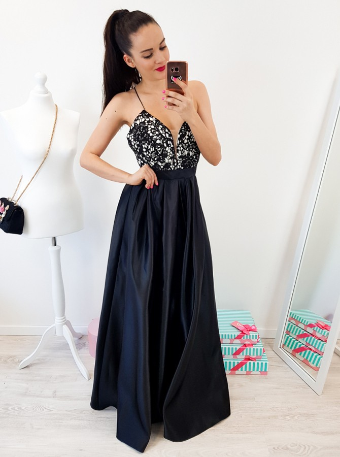 A-Line Spaghetti Straps Backless Floor-Length Black Prom Dress with Lace