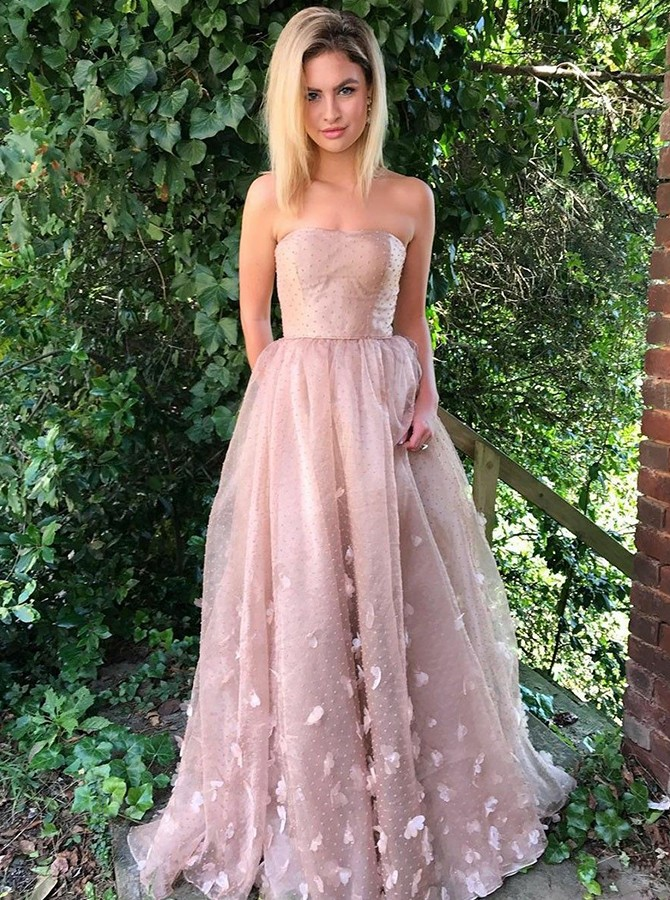 A-Line Strapless Sweep Train Prom/Evening Dress with Appliques