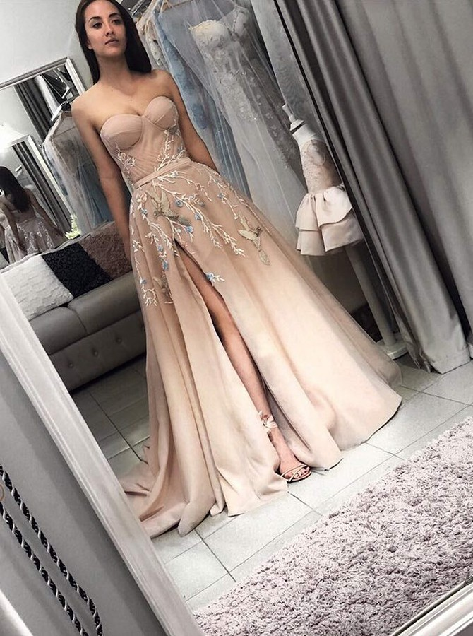 A-Line Sweetheart Long Prom/Evening Dress with Split Appliques
