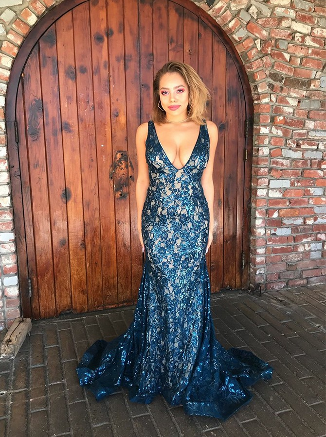 Mermaid V-Neck Sweep Train Backless lace Prom/Evening Dress