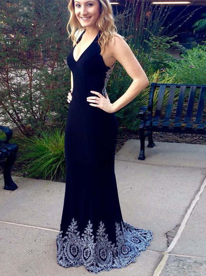 Mermaid V-Neck Sweep Train  Prom/Evening Dress with Appliques