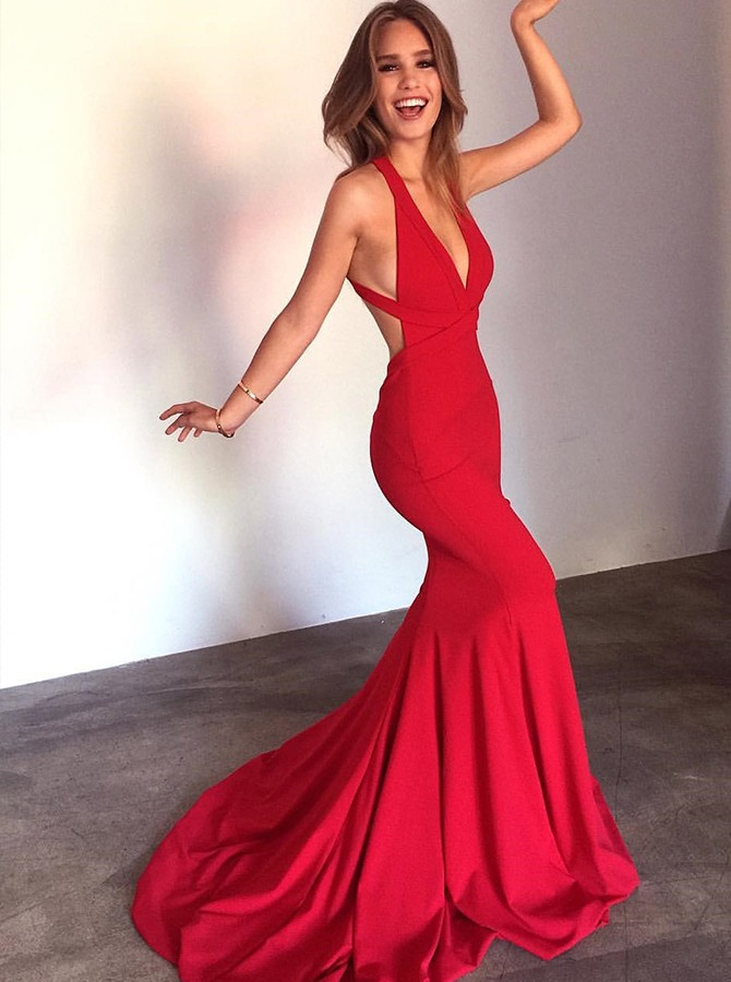Elegant Mermaid V-Neck Long Criss-Cross Straps Red Prom Dress