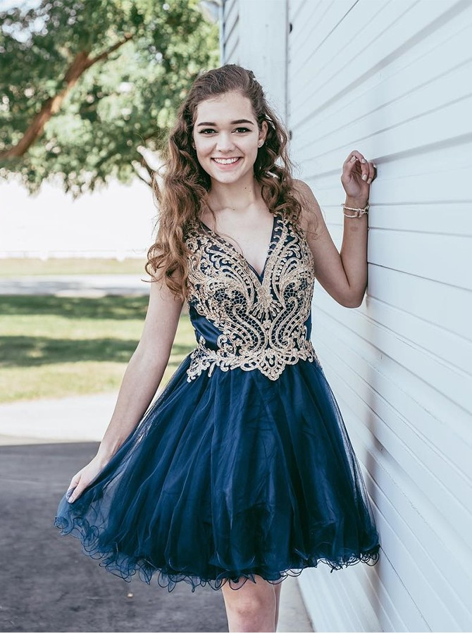 A-Line V-Neck Short Appliques Tulle Navy Blue Homecoming Dress