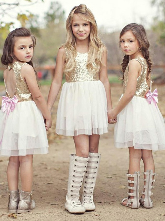 A-Line Round Neck White Open Back Flower Girl Dress with Sequins Bowknot