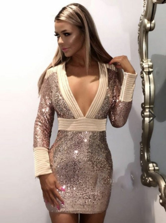 Sheath V-Neck Long Sleeves Sequined Cocktail/Homecoming Dress