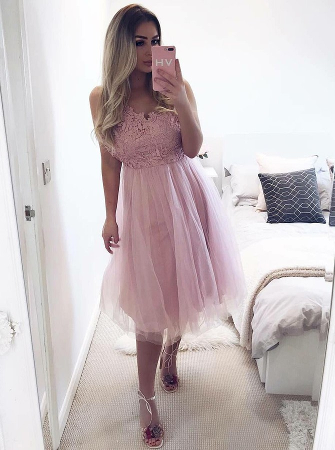 A-Line V-Neck Knee-Length Pink Tulle Homecoming Dress with Lace