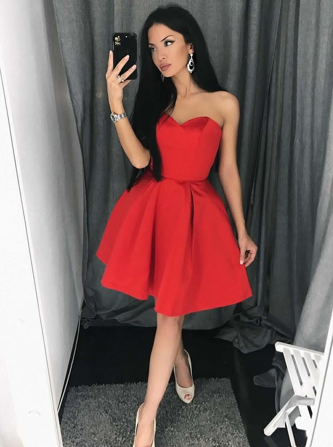 A-Line Sweetheart Above-Knee Red Satin Homecoming Dress with Pleats
