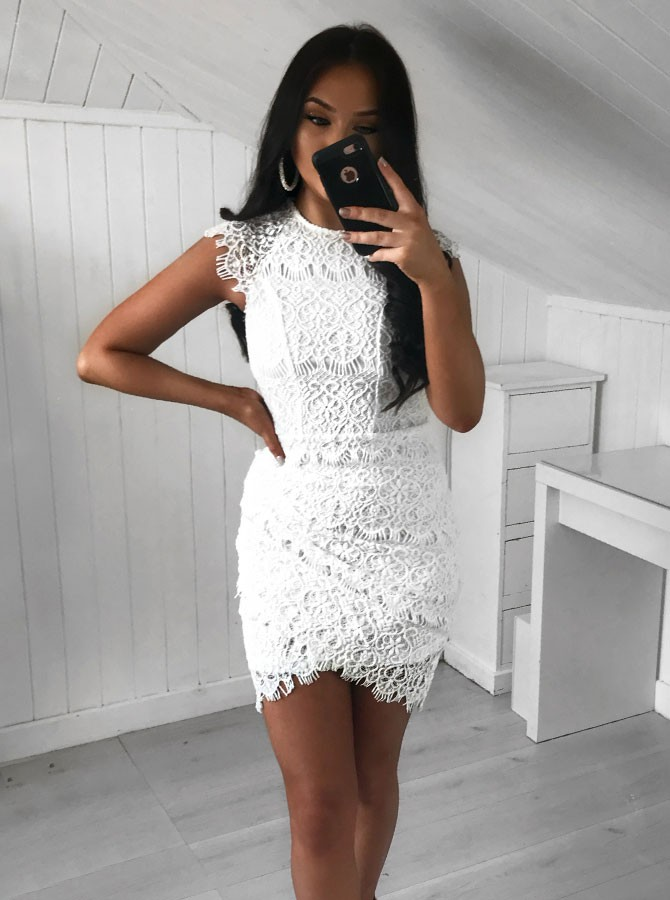 Sheath Jewel Short White Lace Homecoming Cocktail Dress