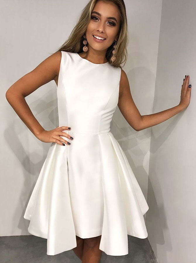 A-Line Round Neck Pleated White Satin Homecoming/Party Dress