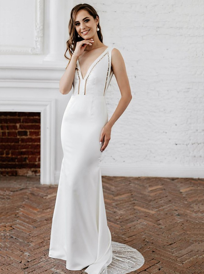 White Sheath Sleeveless Beading Sweep Train Wedding Dress with V-Neck