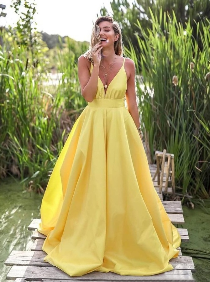 Modest Spaghetti Straps Backless Floor-Length  Yellow Prom Party Dress